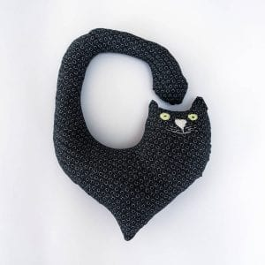 Macja blazina za okoli vratu