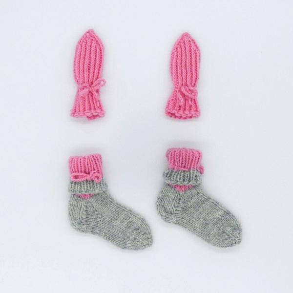 pleten komplet sivo roza nogavicke, rokavic 62